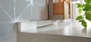 Wandabschlussprofil aus Granit