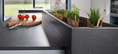 Kräuterkasten aus Granit