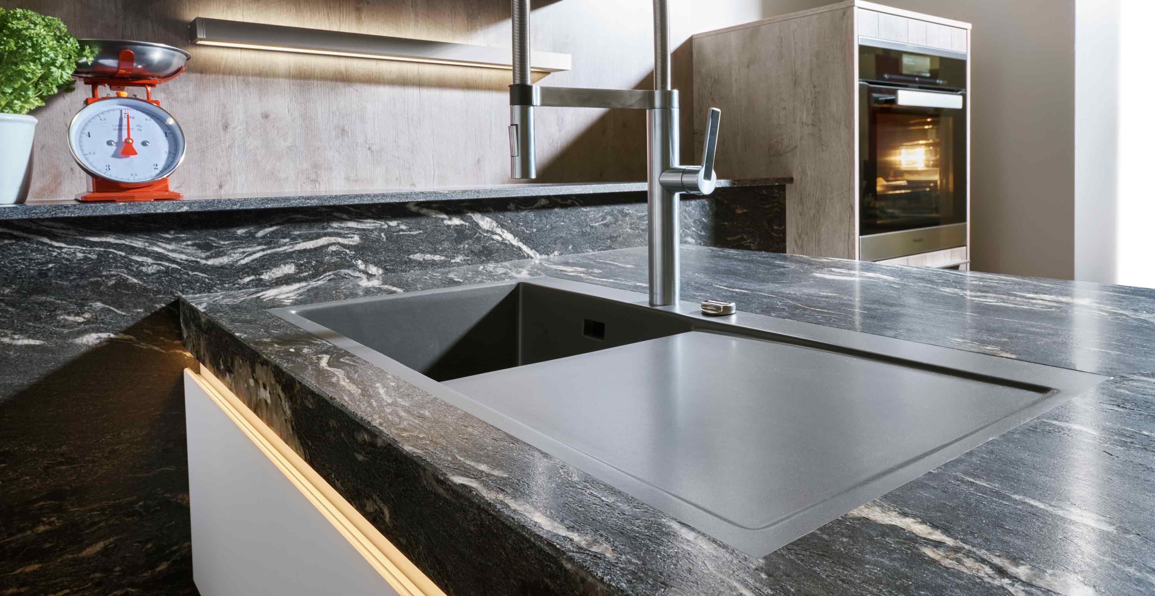 Küchenarbeitsplatten im Vergleich - Marquardt Küchen