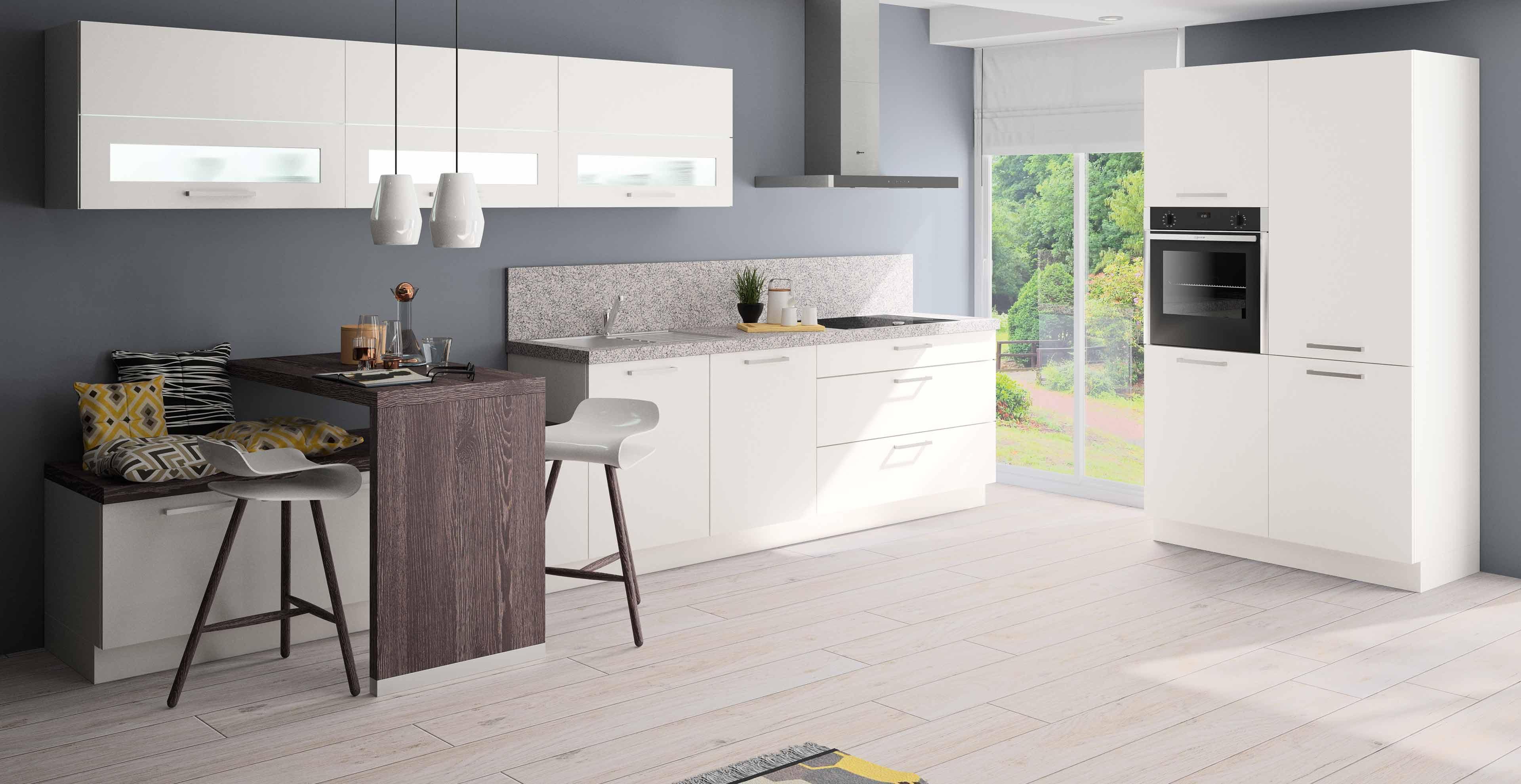 Weisse 2-Zeilenküche mit Rosa Beta Naturstein - Marquardt Küchen